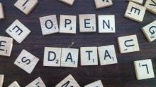 Image of the words 'open data' spelled out using Scrabble tiles