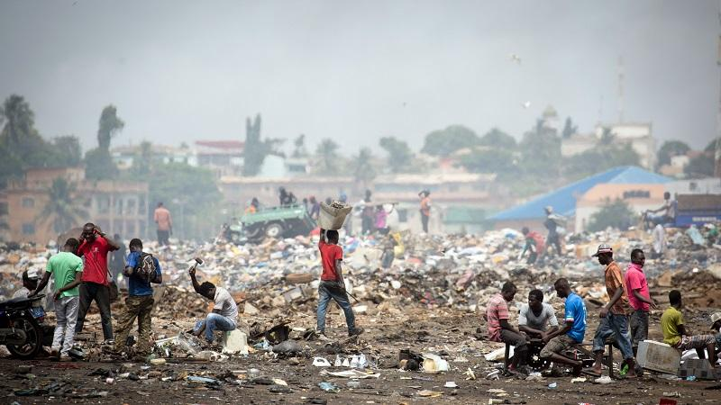 Image of a rubbish dump near Accra in Ghana