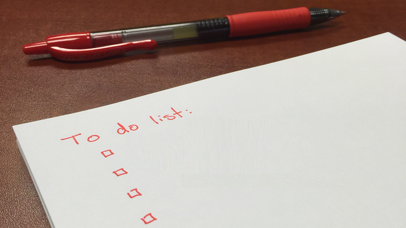 An image of an as-yet blank to-do list