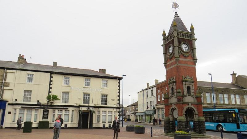 An image of Redcar Town Clock and the Redcar Central Hotel