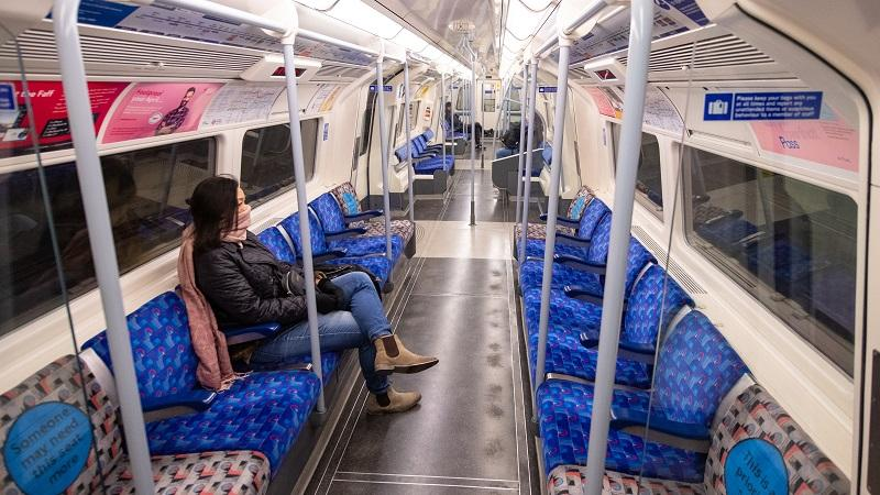 An image of a near-empty Jubilee Line train carriage