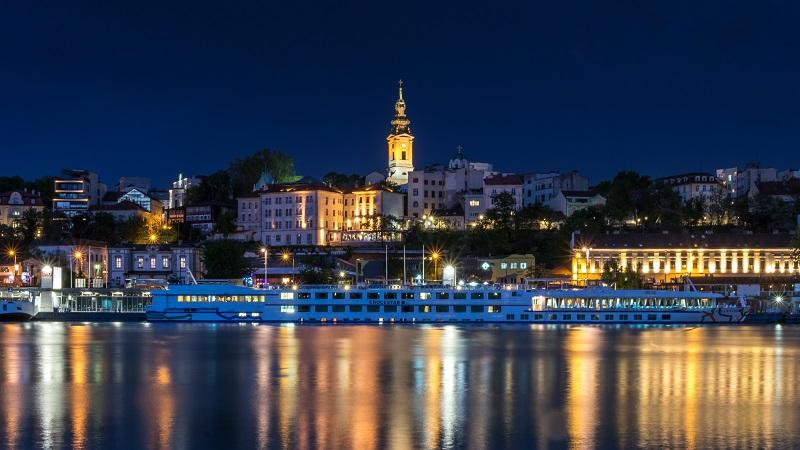 An image of the Serbian capital city of Belgrade by night