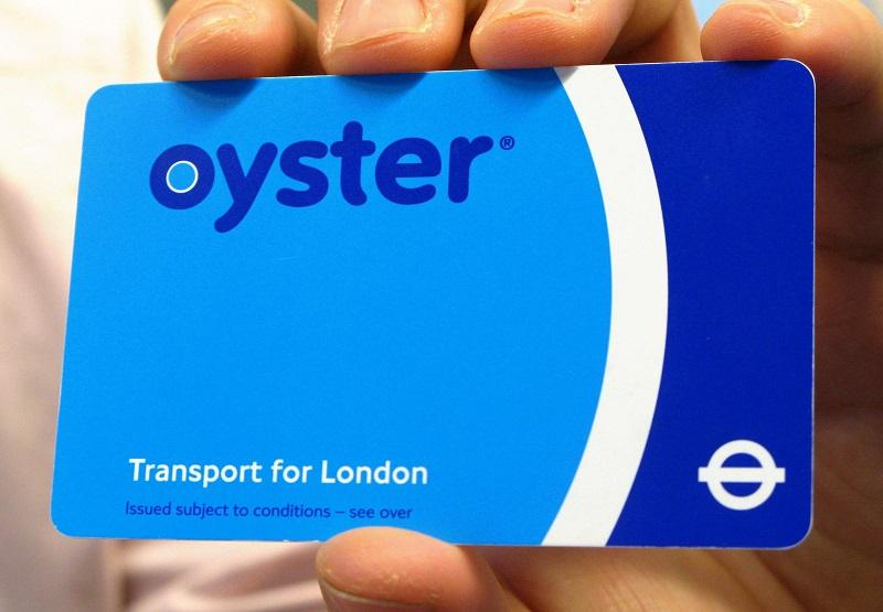 PA-4573383 oyster card