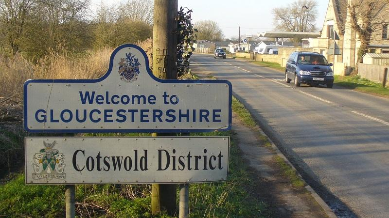 An image of a sign reading 'Welcome to Gloucestershire'