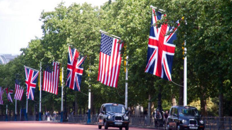 UK and US Flags on Pall Mall